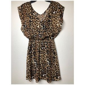Dresses & Skirts - EXPRESS Leopard Print Dress in Extra Small